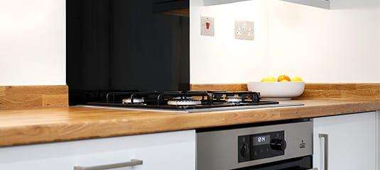 kitchen fitters in beckenham