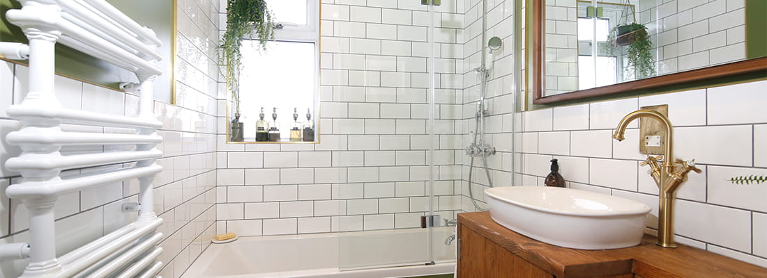 Bromley Rustic Bathroom Design and Fitting